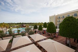 Lake Resort - Yes I do! Algarve photography 3.jpg